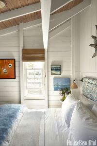 gallery-1437419558-nautical-bedroom